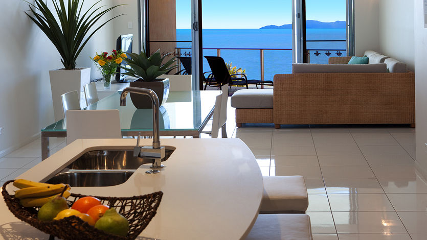 Trinity Beach Luxury Apartments - Vue Trinity Beach Cairns